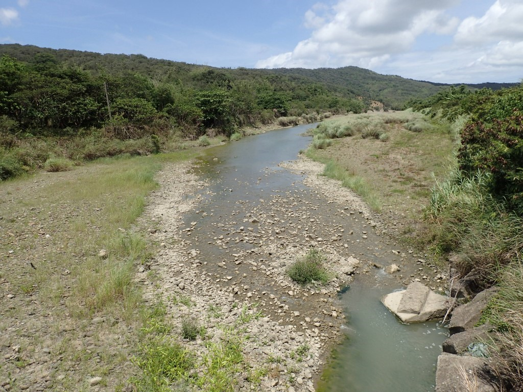 左側為西邊溪部落