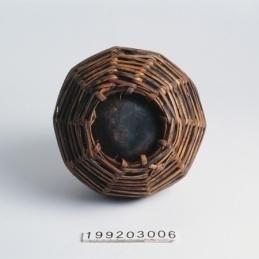 起底使用工藝技法:單圈繞織編法