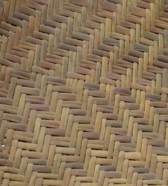 立面:斜紋編壓三挑三