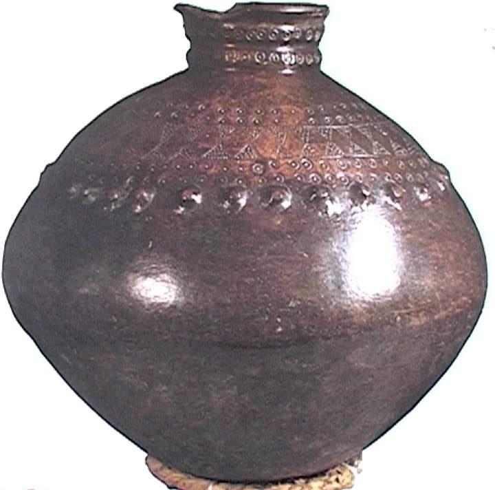 排灣族母壺