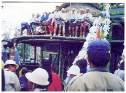 少年猴祭儀式