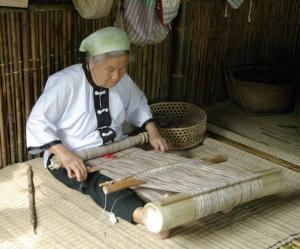 Banana thread cloth weaving