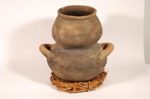 Amis stoneware crafts