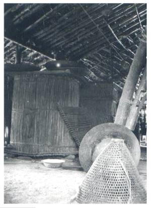 家屋內穀倉