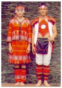 泰雅族男女服飾